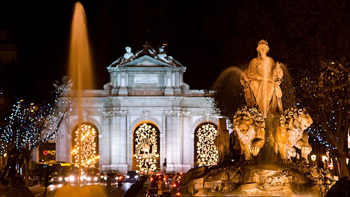 madrid-christmas-lights-by-bus-tour-2