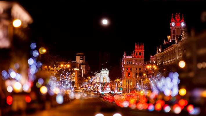 madrid-christmas-lights-by-bus-tour-3