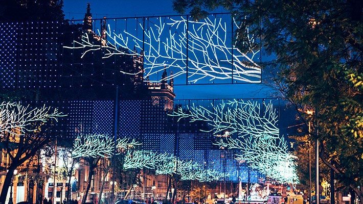 madrid-christmas-lights-by-bus-tour-4