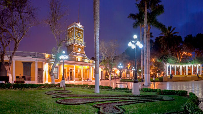 barranco-by-night-free-walking-tour-1