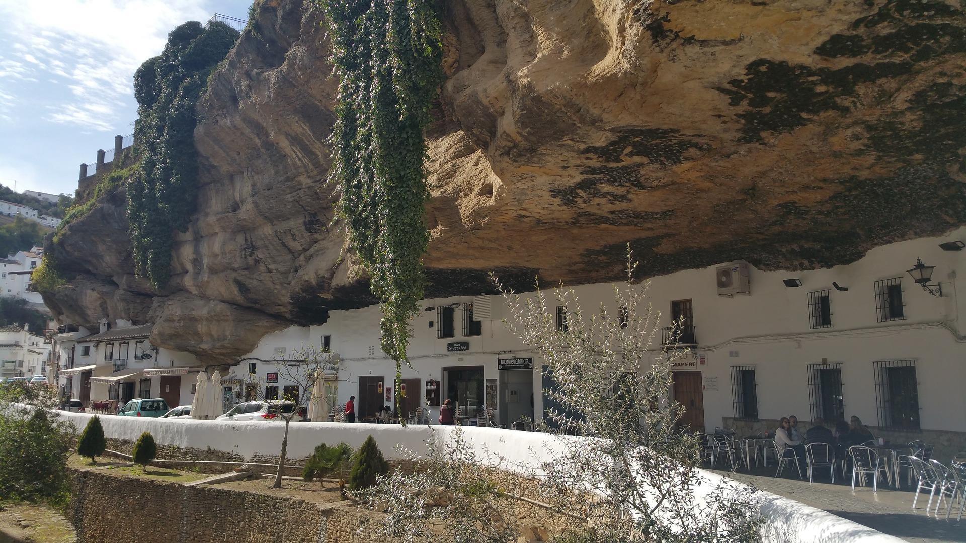Guided Tour of Setenil de las Bodegas