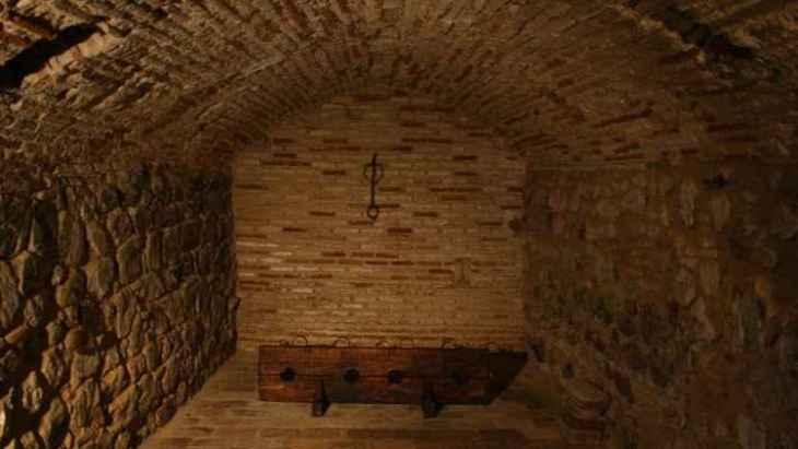 visita-guiada-por-el-toledo-subterraneo-2
