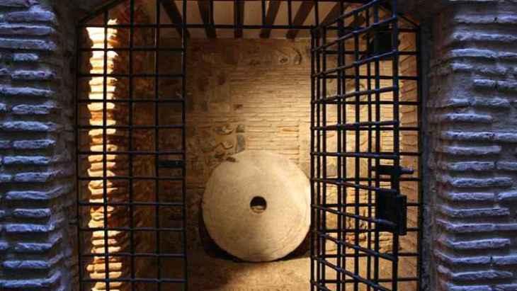 visita-guiada-por-el-toledo-subterraneo-5