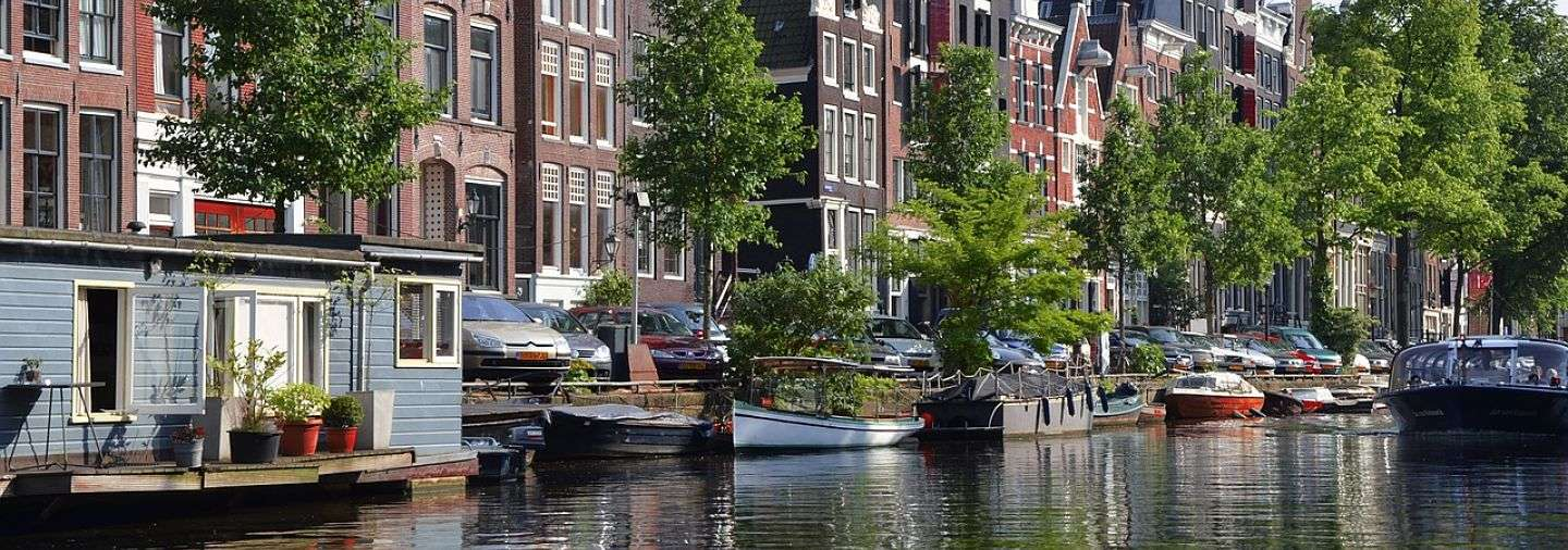 unknown-amsterdam-free-walking-tour