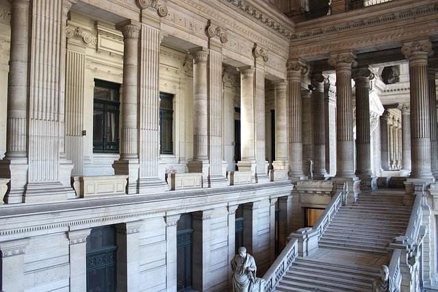 que ver en bruselas palacio de la justicia.jpg
