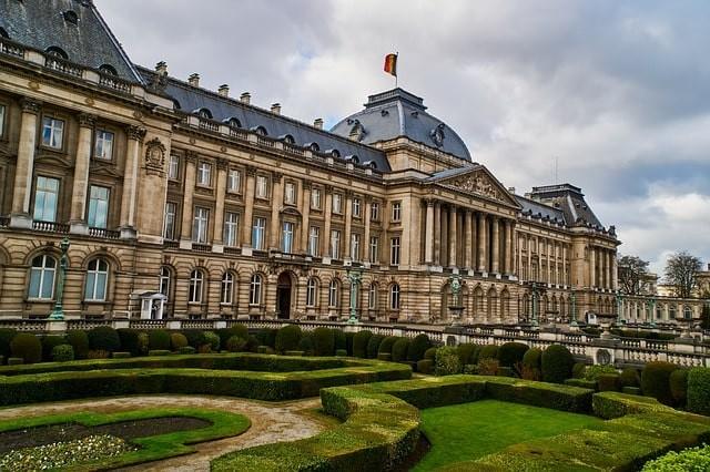 que ver en bruselas palacio real.jpg