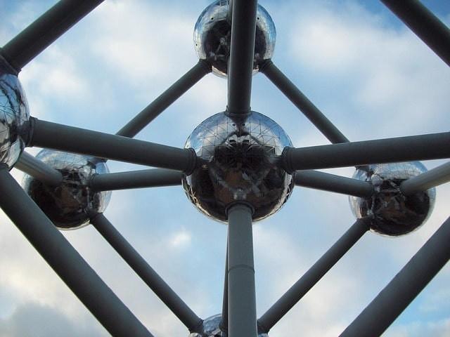 que ver en bruselas atomium.jpg