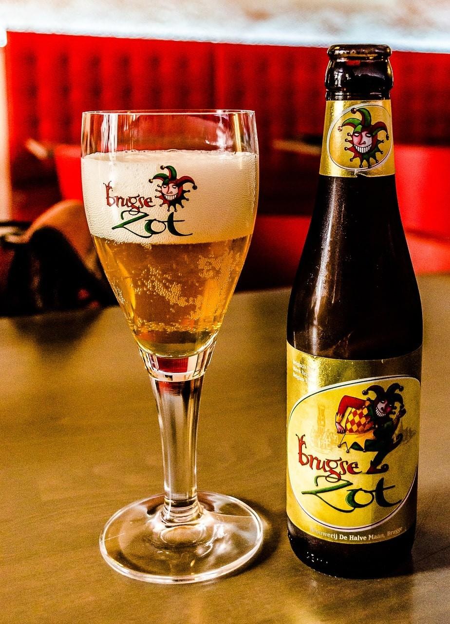 cerveza brujas-min.jpg