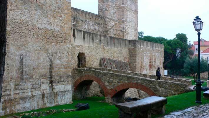 tour-sao-jorge-castle-and-alfama-lisbon-2