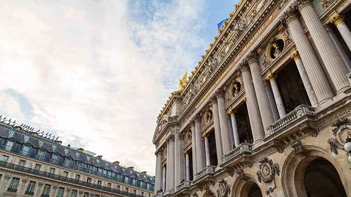 paris-free-walking-tour-1