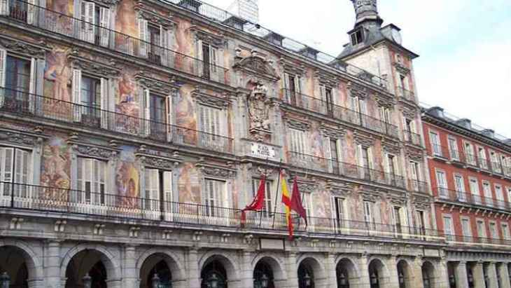 old-madrid-of-austrias-free-walking-tour-2