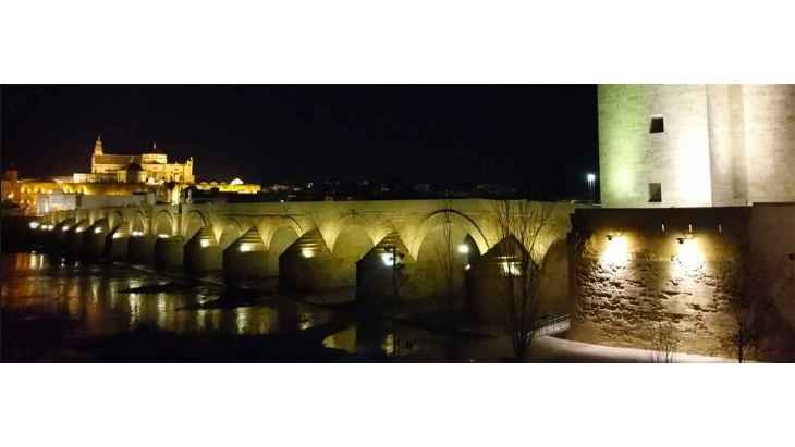 cordoba-by-night-free-walking-tour