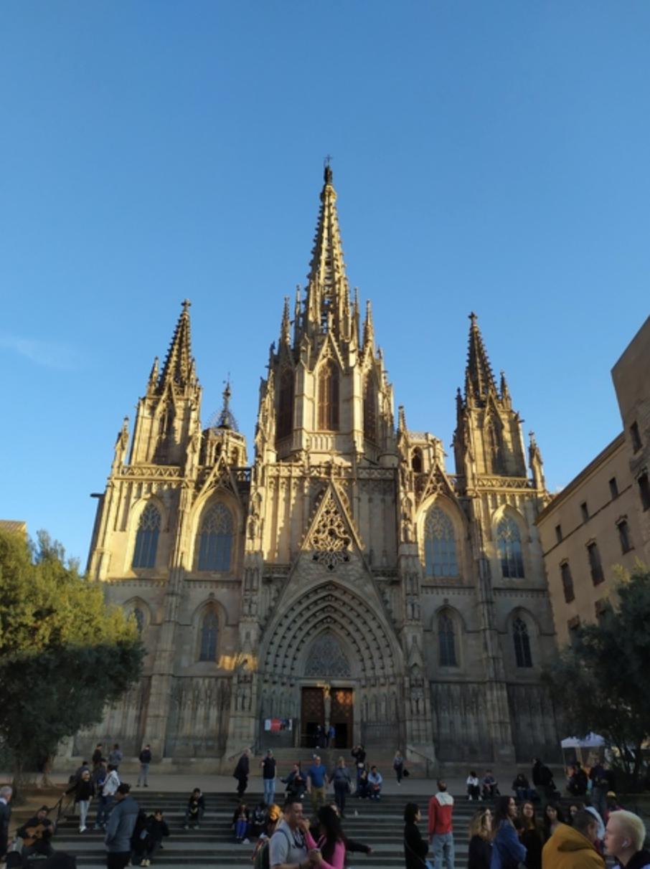 Free-Tour-Ciudad-Vieja:-Barrio-Gotico-y-La-Ribera-2