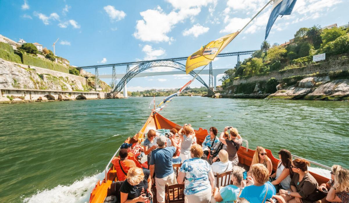 Crucero de los 6 puentes del Rio Duero