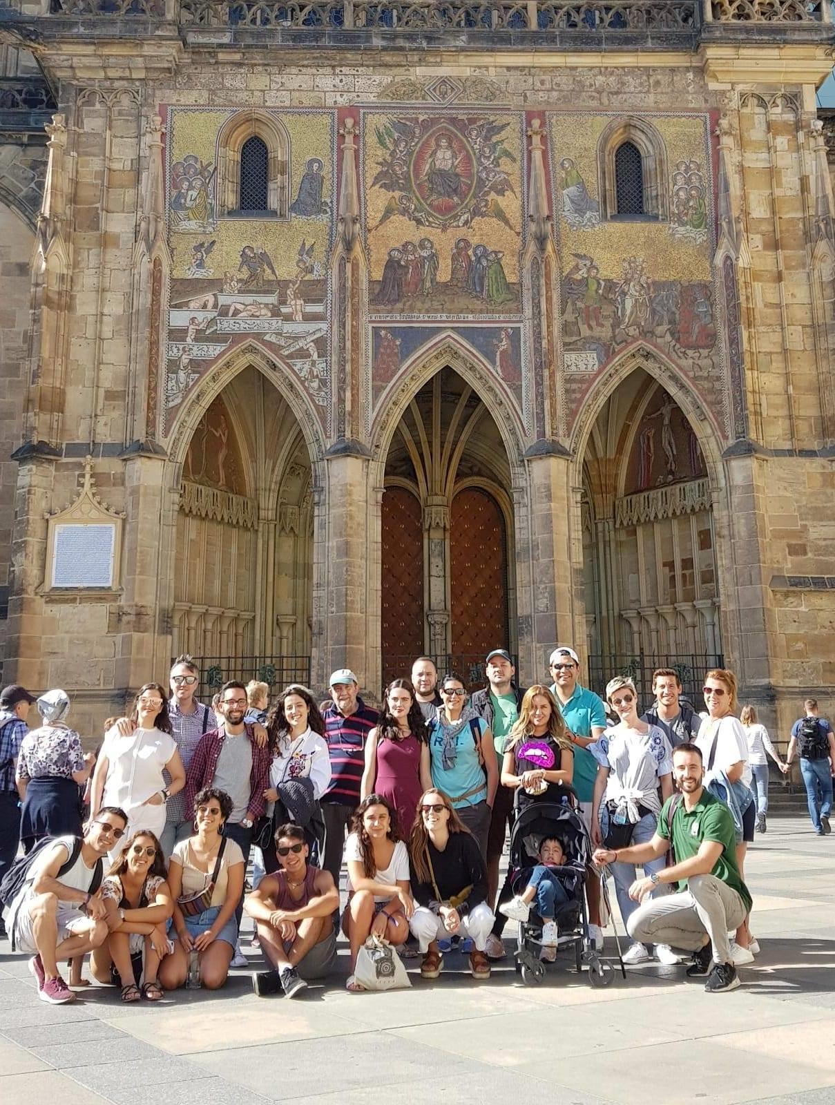 prague-castle-and-mala-strana-district-tour-13