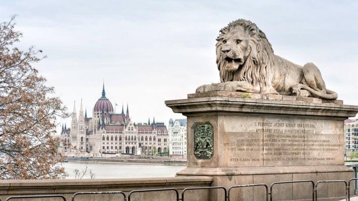 visita-guiada-parlamento-de-budapest-4